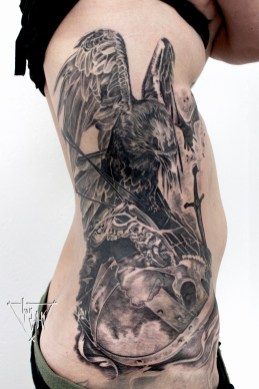 Guy Labo-O-Kult | Crow on battlefield