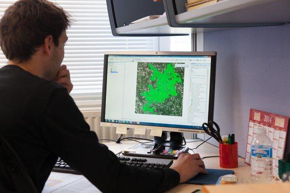Logiciels de cartographie et de modélisation pour l'hydraulique utilisés par le bureau d'étude CEE