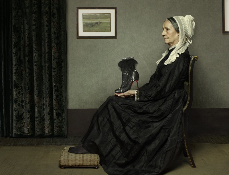 chaussure louboutin lippman portrait renaissance 02 Portraits style Renaissance par Peter Lippmann pour des chaussures