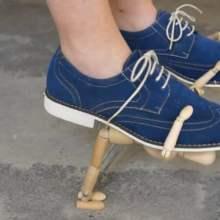 Les 28 paires de chaussures d'Anna Vasof