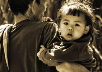 Nong kiaw (Laos) – uno sguardo, un incontro