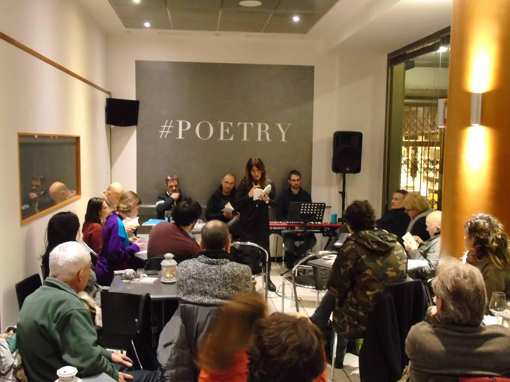 Presentazione dell'Antologia di Laboratori Poesia 9