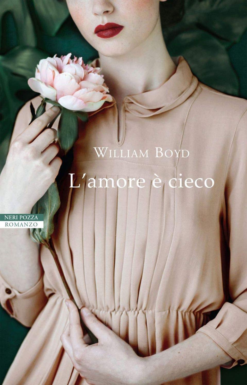 L'AMORE E' CIECO Book Cover