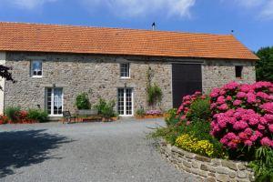 Blick aus dem Bauernhaus - La Vacherie