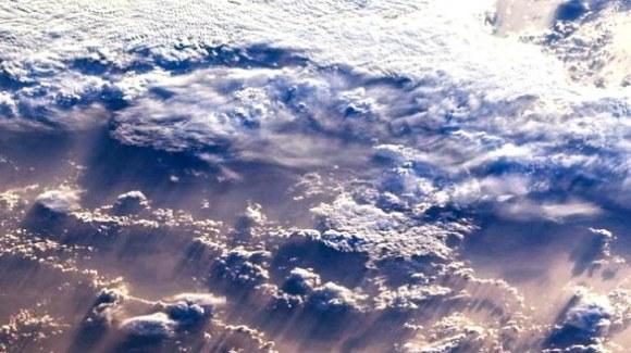 Nubes terra 1