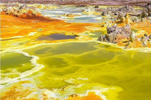 Los colores del volcán Dallol en Etiopía