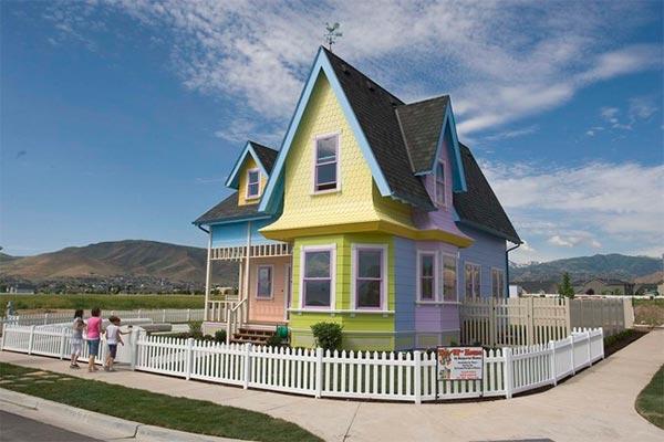 """Construyen una casa igual que la de la película """"Up"""""""