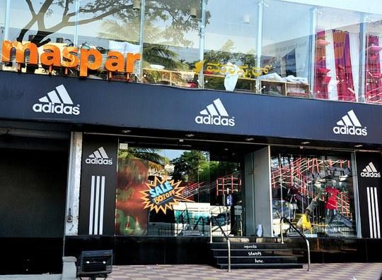 Las zapatillas Adidas que cuestan 1 dólar