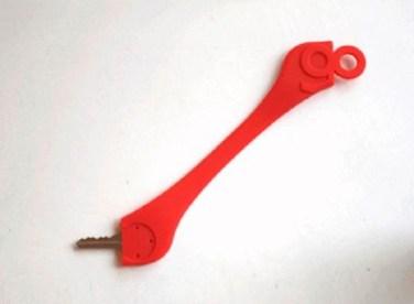 Gokey la pulsera que permite llevar tus llaves mientras corres