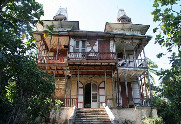 """Las """"casas de pan de jengibre"""" de Puerto Príncipe"""