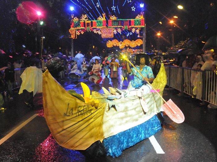 Fiestas, mitos y disfraces en Medellín