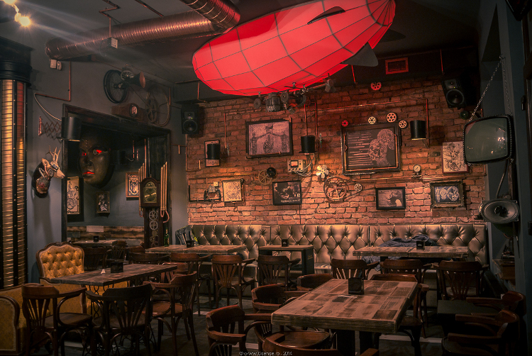 Joben Bistro, un fantástico pub rumano estilo steampunk