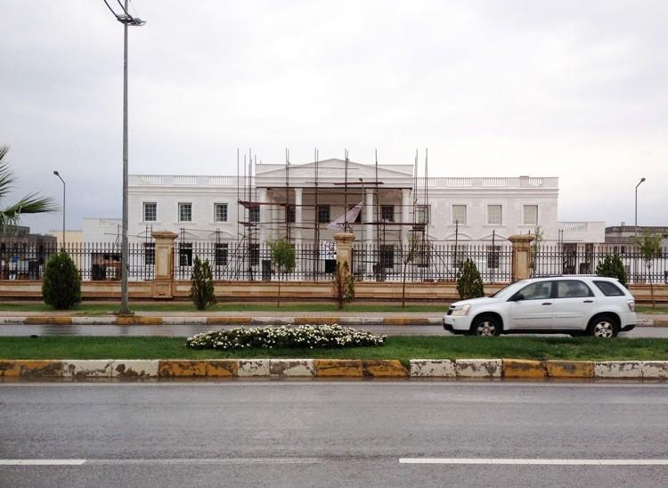 Magnate kurdo construye una réplica de la Casa Blanca en Iraq