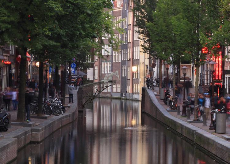 Amsterdam tendra puente construido robots 2
