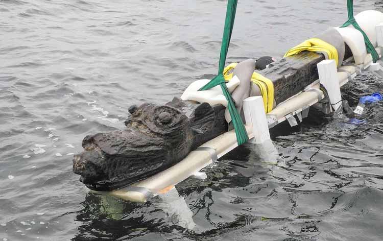 Un monstruoso mascarón de proa del siglo XV encontrado en la costa sueca