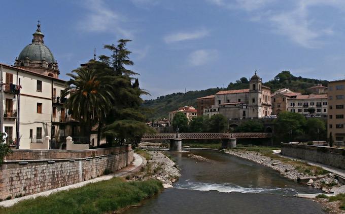 El río Busento a su paso por Cosenza
