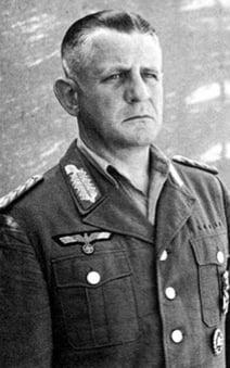 El objetivo: el General Heinrich Kreipe