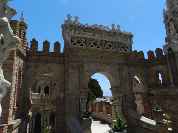 Insolito Castillo Monumento Colomares 3