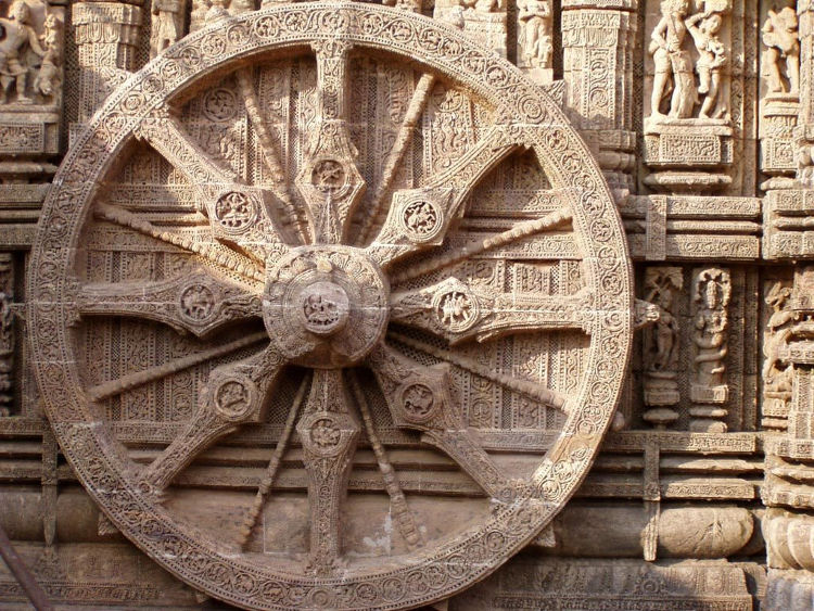 Espectacular templo forma carro dios hindu Suria 1