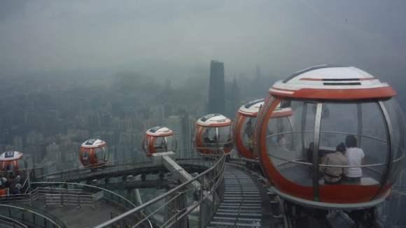 Noria de subida al mirador de la torre de Cantón