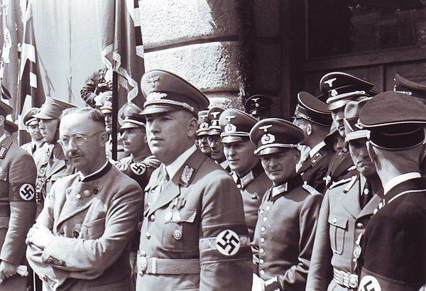El auténtico bastardo sin gloria: cuando todo el ejército alemán en Innsbruck se rindió a un espía judio