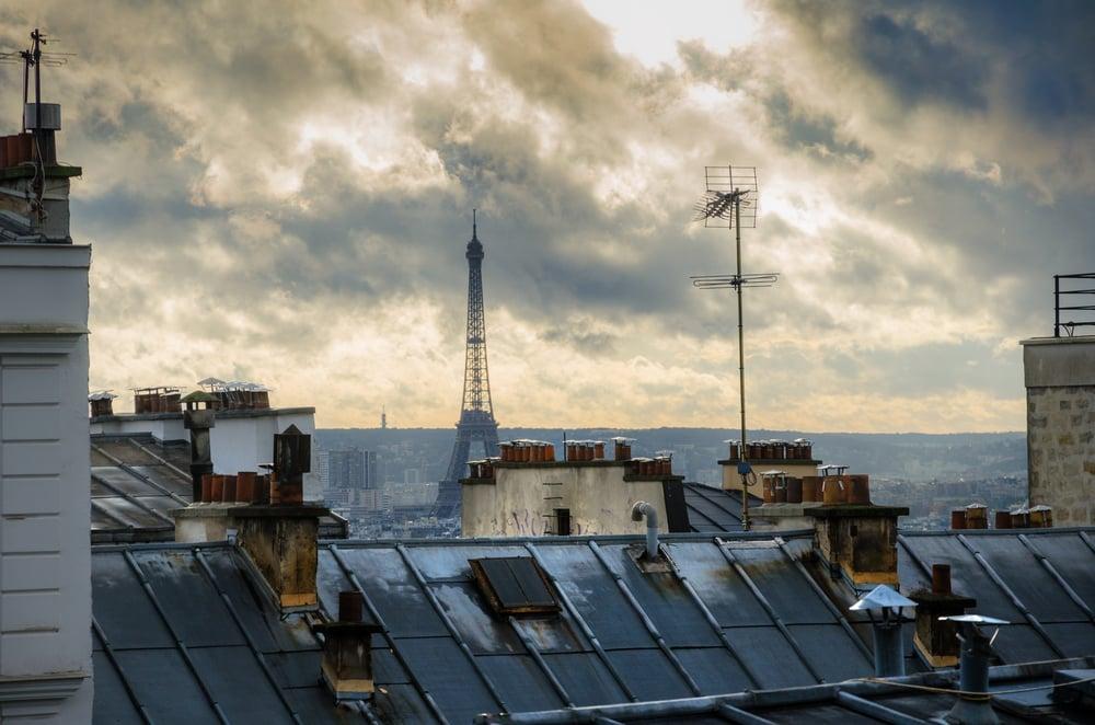 Encuentran por primera vez polvo cósmico en los tejados de tres ciudades europeas