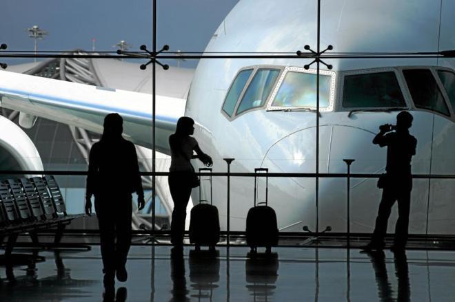 ¿Qué hacer cuando un vuelo se retrasa o cancela?