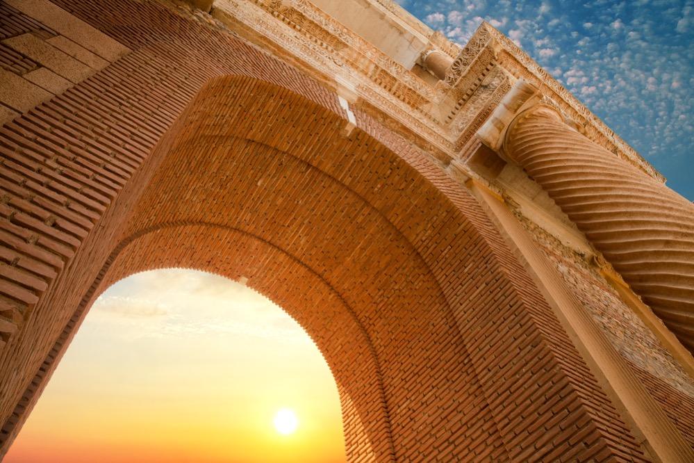 Arqueólogos encuentran en Sardes restos de equipamiento militar de la guerra entre Persas y Lidios