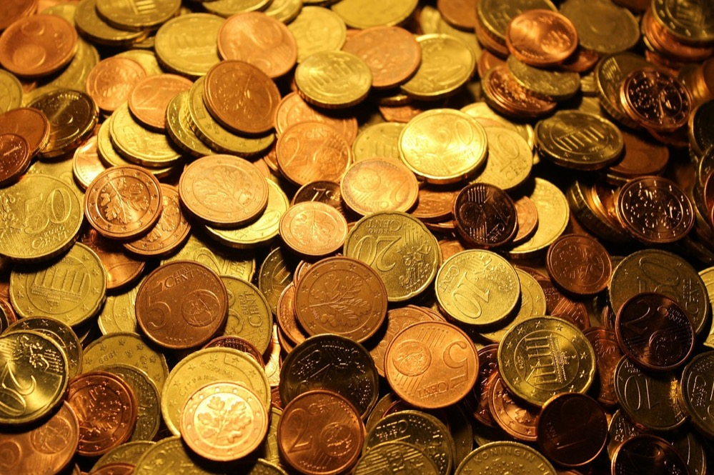 ¿Cuál es el origen del dinero?