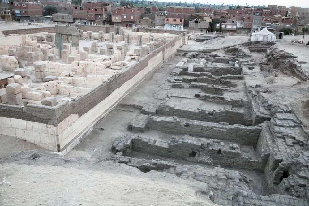 Descubren el depósito fundacional y los almacenes del templo de Ramsés II en Abidos