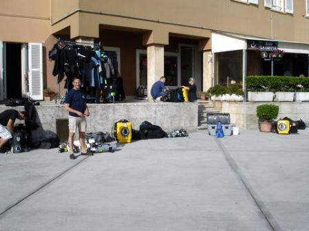 Plongées sur le Haven Arenzano Italie : Papa s'équipe