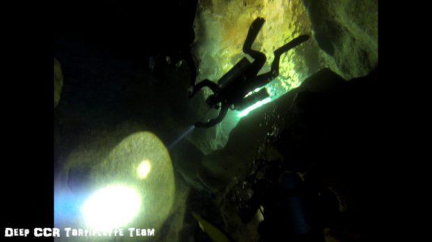 Une petite plongée dans les grottes de la calanque de Sormiou avec Lea et Loule part 2