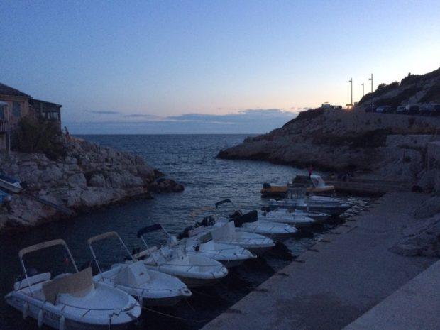 Plongée de nuit dans la calanque de Callelongue à Marseille