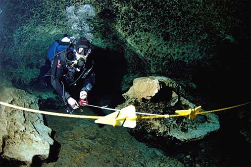 Ligne de vie en plongée souterraine