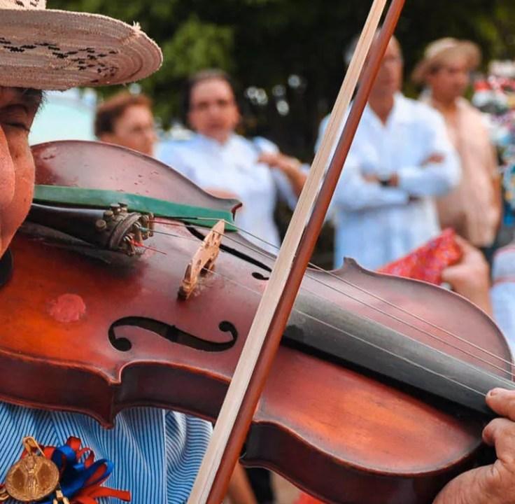 El violín en el folclore panameño
