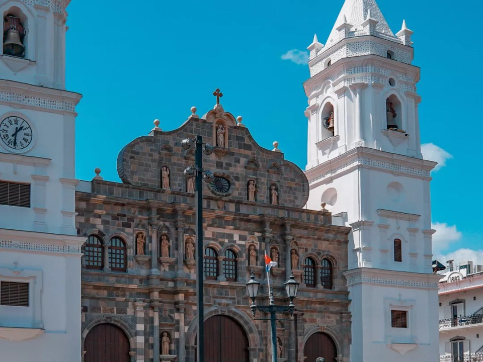 Catedral Basílica Santa María la Antigua - Casco Antiguo Panamá