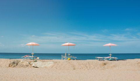 Leichte Sommerhemden für einen unbeschwerten Urlaub