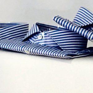 Kragenformen Weiss Blau gestreift