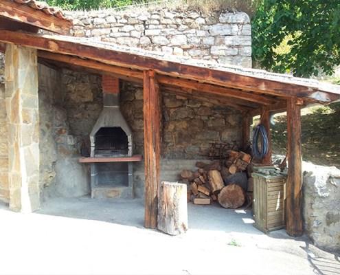 Barbacoa casa rural La Carrozal Asturias Teverga