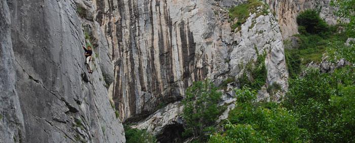 Cursos para aprender a escalar en Asturias