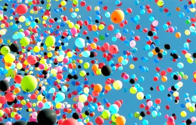 balloons art van charity challenge
