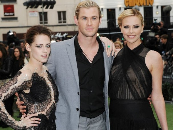 kristen stewart-chris hemsworth-charlize theron