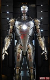 iron-man-3-hall-of-armor-2