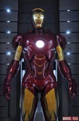 iron-man-3-hall-of-armor-4