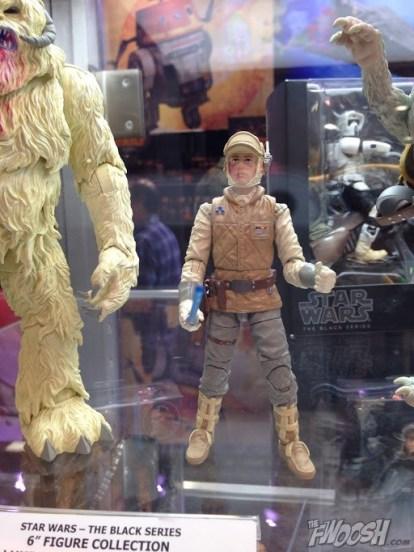 Hasbro-Star-Wars-Black-Hoth-Luke