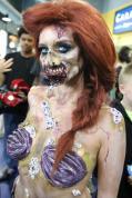 'Cosplay' de Blancanieves y Ariel en versión zombi
