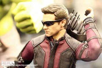 hot-toys-at-toy-soul-2014_21