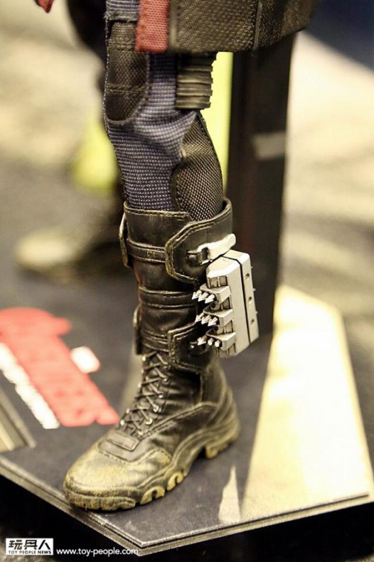 hot-toys-at-toy-soul-2014_23