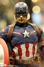 hot-toys-at-toy-soul-2014_24