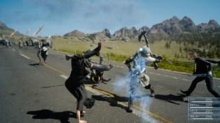 Final Fantasy XV (lucha en carretera 5)